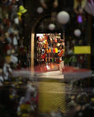 EEprojects Prague Czech Night Shopping Bag Christmas Splendid_reflections Reflection_shotz Shopkeeper Colorful Citylife Citylights Sell Trader Shop Fashion Gift Snapzone Canon_photos @natgeo Wholesale Dealer Streetphotography Reflectiongram
