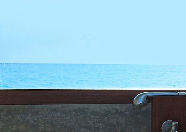 Abstract Backgrounds Bathroom Beauty In Nature Blue Enjoying Life Getting Inspired Horizon Over Water Idyllic Lifestyles Maldives Minimalism Nature Ocean Relaxing Scenics Sea Seascape Showcase April Simplicity Taking Photos Tranquil Scene Travel Window Wineandmore