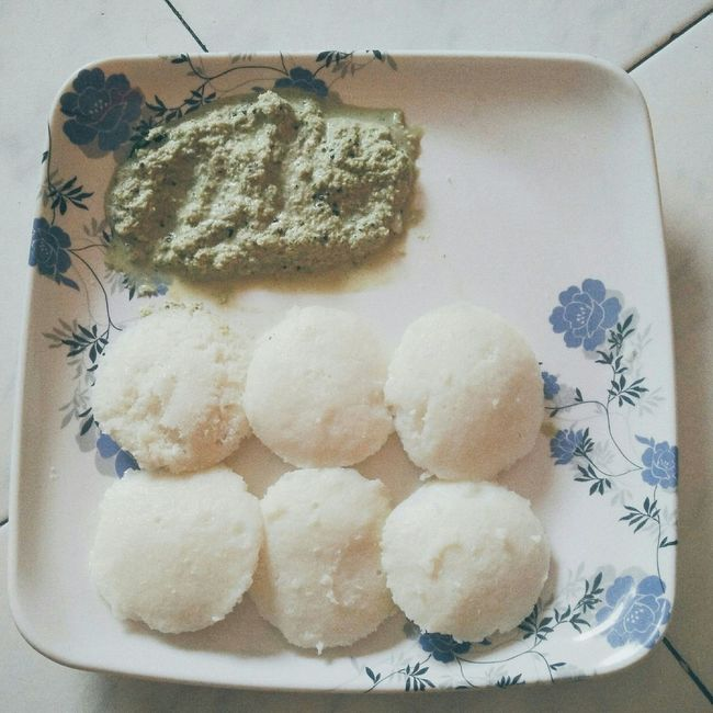 Idli and Chuttney Breakfast 😎😊😁...