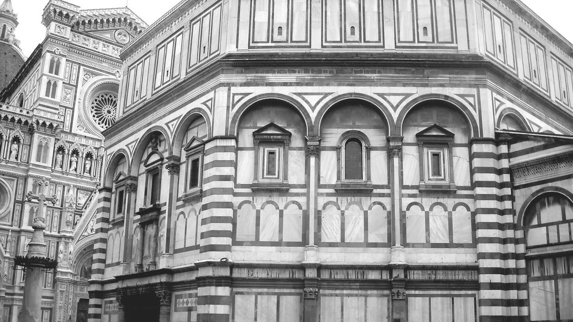 black and white textures and surfaces structure shapes italy❤️ architecture building class Renaissance