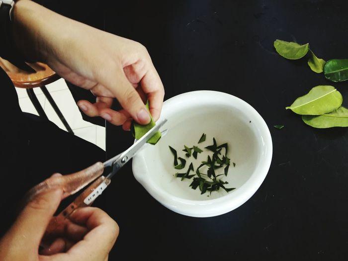 EyeEm Selects School Experiment Human Hand Close-up Indoors  Kaffir Lime Leaves Alkaloid Test