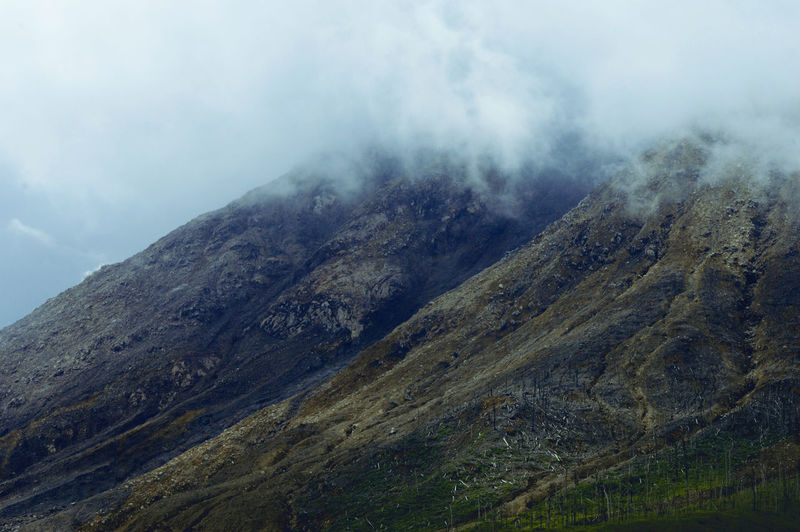 The slopes of mt. sinabung are full of erupted rocks.