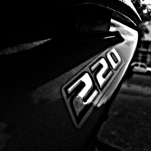 Blackandwhite Pulsar220 Streetfighter Earlymorning  Click Blur College PerfectClick
