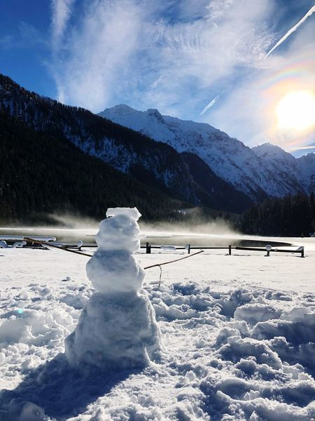 Snow Snowman Schneemann Scenics Frozen Tranquil Scene Sky Non-urban Scene White Color Mountain Range Outdoors Day Cold Landscape Snowcapped Mountain