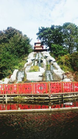 Travel Tree City Travel Destinations Architecture No People Day Sky Monument Outdoors Red Scarborough Peasholm Park Dragon Boat Kung Fu Panda Family Trip Uk Holiday Waterfall Cascade China Magical Oriental Green Reflections Ripple