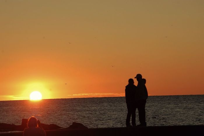 """"""" Friendship is like a bank. Deposit love and it will gain interests."""" - Unknown Sunset_Collections Hello World Love Flippa K Asks: What Inspires You? Sunsets Inspires..."""