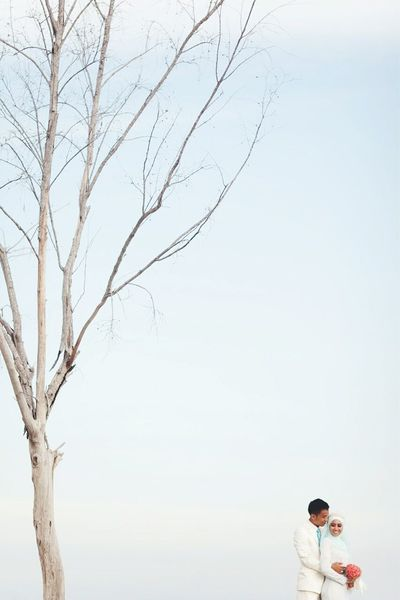 Tree Outdoors Nature Bare Tree Sky Clear Sky Day Nature Standing Scenics Clear Sky Uniqueness Weddingphotography EyeEmNewHere Wedding Live For The Story The Great Outdoors - 2017 EyeEm Awards The Portraitist - 2017 EyeEm Awards