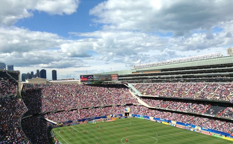 Football Fever Pitch Green Gold Cup USA Panamá Sky And Clouds Chicago Soldier Field