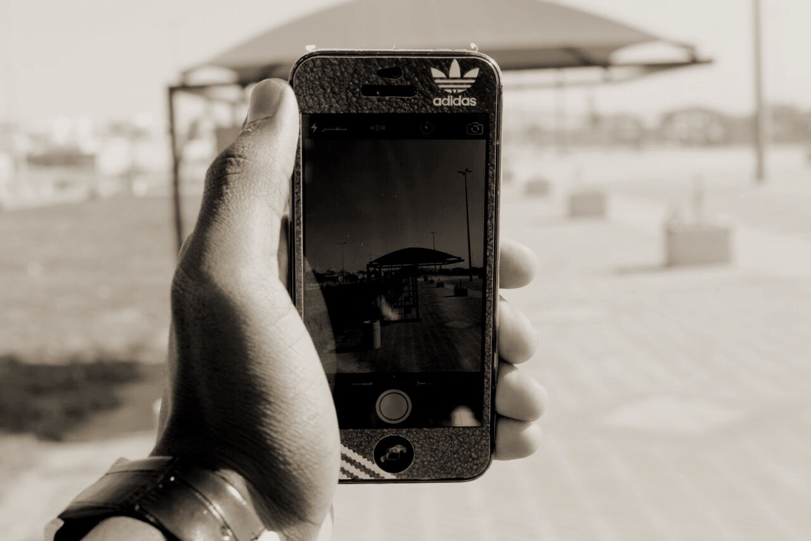person, part of, holding, personal perspective, cropped, human finger, focus on foreground, lifestyles, close-up, leisure activity, unrecognizable person, photography themes, technology, indoors, photographing