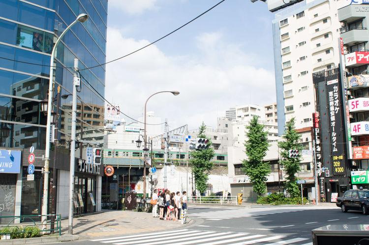 Tokyo Japan City Urban Ebisu 東京 都会 恵比寿 電車 湘南新宿ライン Train JREast