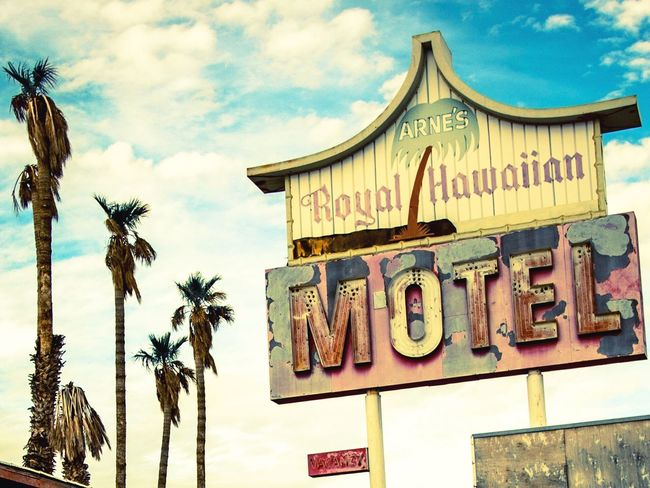 Motel Motel Sign Abandoned Abandoned Places Retro Vintage Ancient Sky Text Cloud - Sky Palm Tree Built Structure No People Low Angle View Building Exterior Nevada NEVADA, USA!♡ Day Palm Trees Roadtrip Road Hawaiian USAtrip Signs EyeEmNewHere