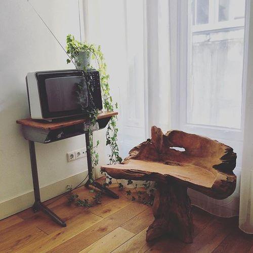 It's not smart TV, it's vintage TV Design Apartment Amsterdam