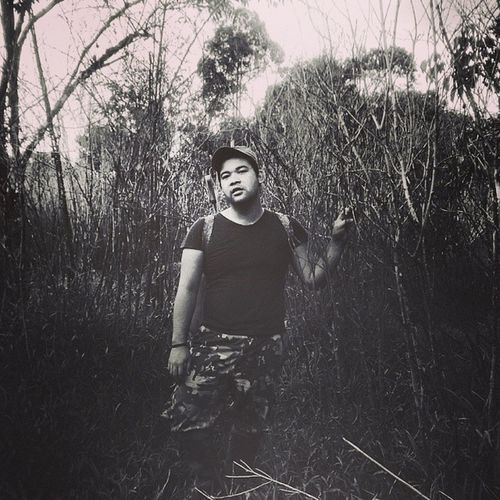 -Through the trees- Weekendchill Throwback Hunting Jennifersbody thisisbario goingnative
