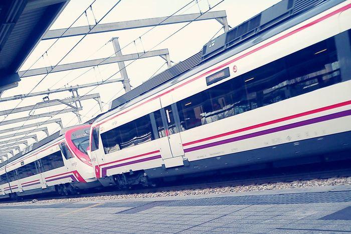 Esperando tren...