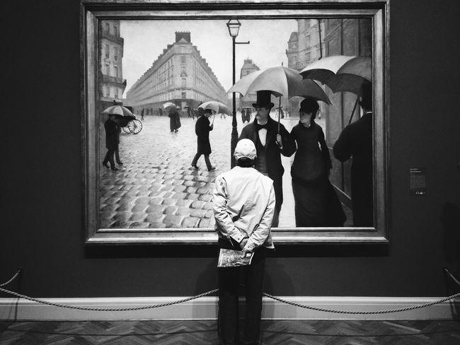 Art Men Lifestyles ArtWork Blackandwhite Watching Drawing Painting Chicago Photography Black And White Blackandwhite Photography Black & White