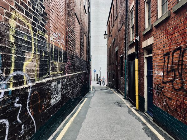 At The End Of The Day Staying Together Uk Hidden Path Together City Life Sheffield Alley Couple - Relationship The Way Forward Built Structure Direction The Street Photographer - 2018 EyeEm Awards
