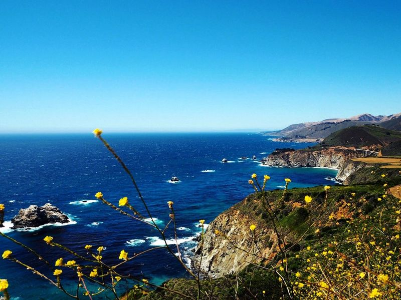 The California coast Natural Beauty Beauty Natural Zen Peaceful Tranquil Beach Ocean Pacific Ocean Coastal Coast California EyeEm Selects Sea Nature Horizon Over Water Water Clear Sky Blue Beauty In Nature Outdoors Scenics Tranquil Scene Day No People Tranquility Sky EyeEmNewHere