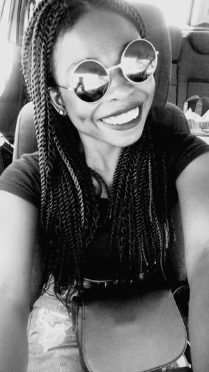 Goodmorning :) GoodTuesday Front View Sunglasses One Person Happiness Septum Neverforgettosmile Blackandwhite Photography Blackgirl JustMe Cool Day Prettyday  Happyness