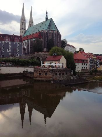 Blick zur Peterskirche in Görlitz (handyfoto) Peterskirche Görlitz / Zgorcelec Church Religion Religious Architecture Historical Building Architecture Outdoors Building Exterior No People Reflection Cloud - Sky Water Water Reflections Day EyeEmNewHere