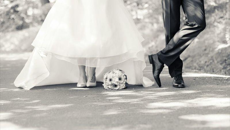 Wedding Day Wedding Dress Wedding Married Brideandgroom Bride Bouquet Dress Weddingday  Weddingphotography Shooting Canon Details People Portait Blackandwhite Bw_lover Bw Blackandwhite Photography EyeEm Selects
