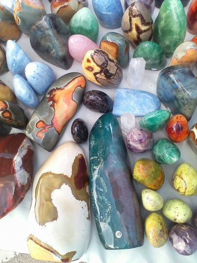 Market Minerals Rock Formation Rocks And Minerals Abundance All Natural Amazing Beauty In Nature Bluebonnet Festival Collection Crystals For Sale Group Of Objects High Angle View Large Group Of Objects Marketplace Multi Colored Rocks Rock! Semi-precious Gem Variation