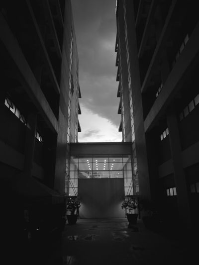 ...🏙🏃🌧☔🏄... Taking Photos Architecture Buildings And Sky Rain Clouds Rainy Days City Life Monochrome Black And White Huawei P9 Plus HuaweiP9plus Illuminated Mobile Photography Eyeem Philippines Open Edit Kokopaps