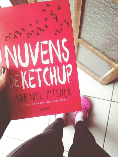 Hi! Love Book Nuvens De Ketchup Annabel Pitcher ♥