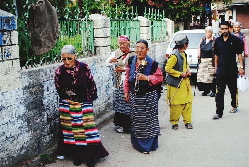 Going The Distance Peace Religion Buddhism Monks Tibet Tibetan Monks India