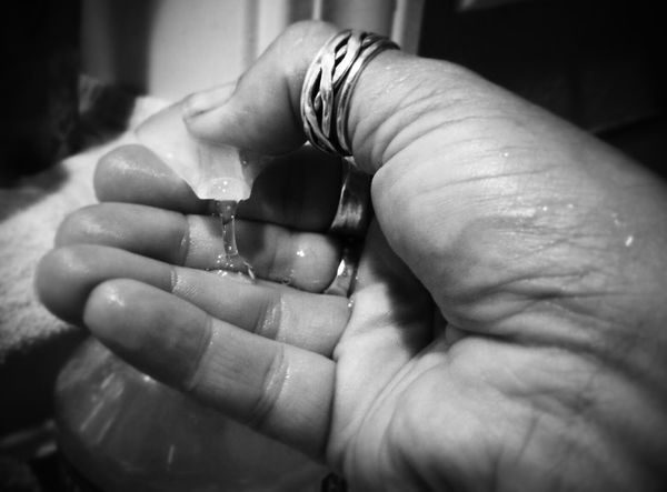 Washing Hands Soap Hand Cleanlines Capturing Movement The Moment - 2015 EyeEm Awards Bnw_friday_eyeemchallenge Shades Of Grey Clean Hands Hands At Work