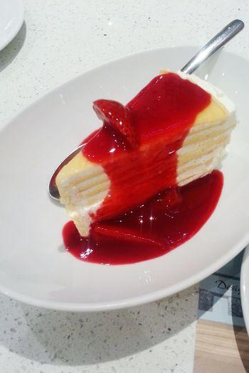 Time For Dessert! Crape Cake Stawberry Sauce Teatime☕️ CTW