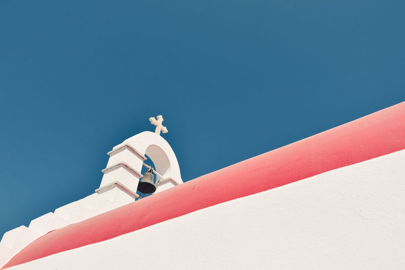 Architecture Blue Building Exterior Built Structure Clear Sky Copy Space Day Low Angle View Mykonos Mykonos,Greece Nature Nautical Vessel No People Outdoors Sky Sunlight The Architect - 2017 EyeEm Awards The Great Outdoors - 2017 EyeEm Awards Your Ticket To Europe The Traveler - 2018 EyeEm Awards 17.62°