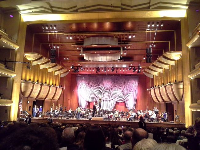Inside Avery Fisher Hall. When I was last here photos were forbidden at all times. I appreciate the current policy allowing photos during breaks and applause.