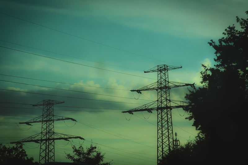 Nikon D5000 First Eyeem Photo Germany Autobahn Highway Telephone Line Tree Flying Electricity Pylon Electricity  Cable Sunset Silhouette Power Cable Power Supply Electrical Grid Power Line  Wire Dramatic Sky First Eyeem Photo EyeEmNewHere