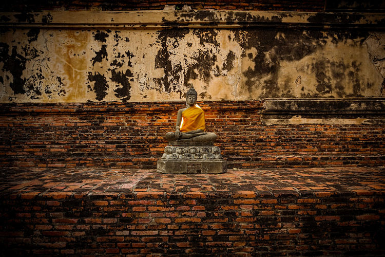 buddha statue Religion Spirituality Wall - Building Feature History Statue Sculpture Art And Craft Old Brick Buddha Statue Thailand Thailand