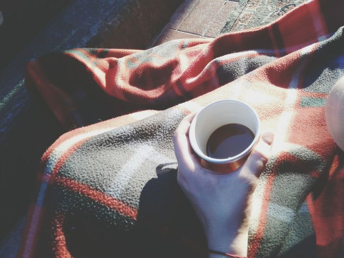 Chilling time on my terasse with my sis! Nescafe Chilling Blanket Sun The Week On EyeEm