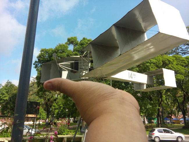 Em minhas mãos....14Bis Airplane Santos Dumont Petrópolis Riodejaneiro
