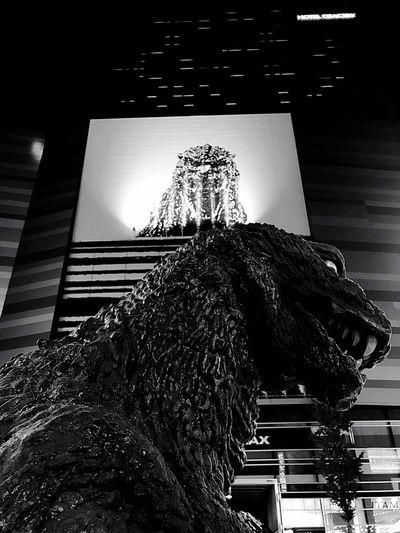 godzilla under godzilla Low Angle View No People Animal Themes Close-up Outdoors Godzilla Shingodzilla Architecture Hotel