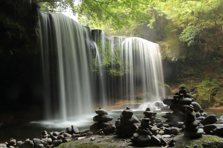 Blurred motion of nabegataki falls