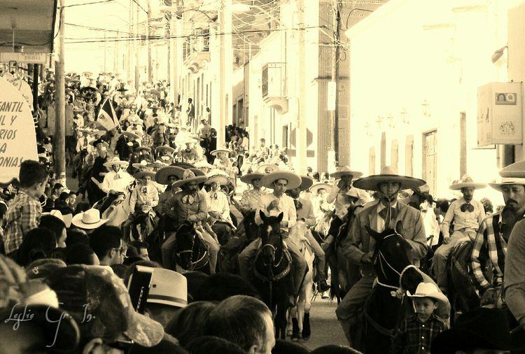 Charros Charrosdejalisco Mexico Caballos Horse People Peregrinacion San Miguel El Alto