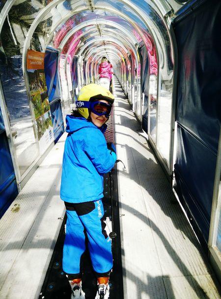 Sono fuori dal tunnel! Sci montagna inverno sport