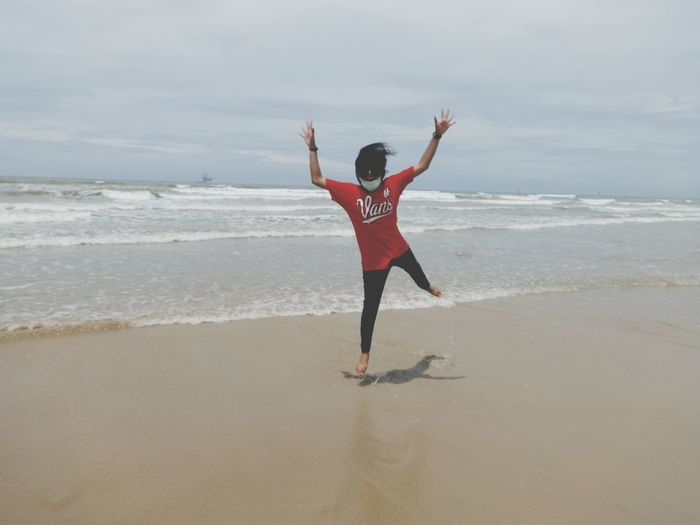 Erni Jump Beach Red Vans