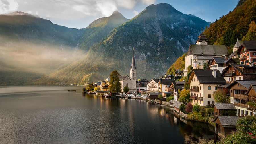 Hallstatt Architecture Austira Beauty In Nature Building Exterior Built Structure Day Hallstatt Historic Mountain Mountain Range Nature No People Outdoors Salzkammergut Scenics Sky Travel Destinations UNESCO World Heritage Site Water