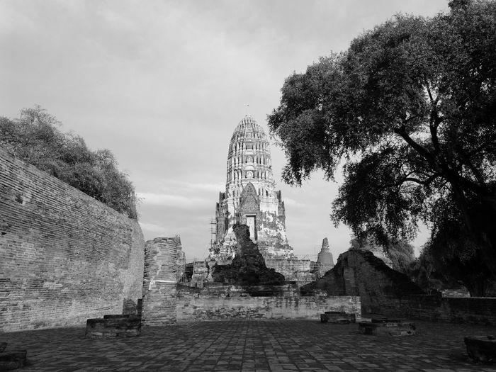 Temple in Ayutthaya, Thailand Ayutthaya Black&white Monochrome Outdoors Sky Temple Thailand ThailandTemple Thailandtravel