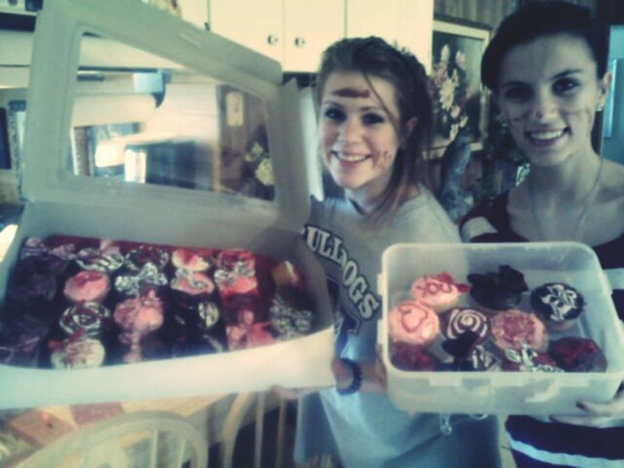 Beautiful Cupcakes & Faces