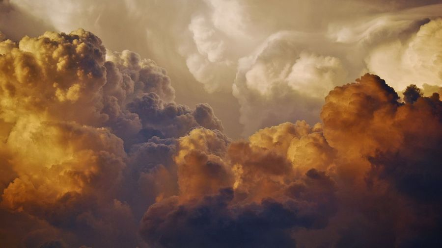 Storm clouds Gold Colored Storm Cloud Morning Sky Cloud - Sky Dramatic Sky Sky Only Meteorology Cumulonimbus Stratosphere Cyclone Atmospheric Mood Heaven EyeEmNewHere