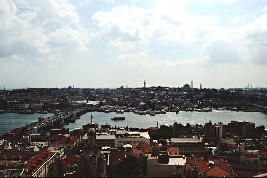 Miles Away City Sky Galata Tower Galata Bridge - İstanbul Architecture High Angle View Eminönü/ İstanbul Karaköy nerede: Istanbul Turkey EyeEmNewHere The Great Outdoors - 2017 EyeEm Awards