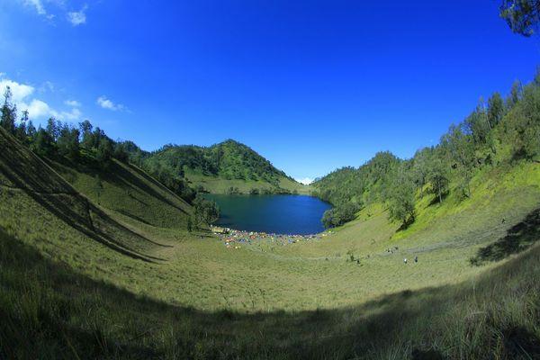 Landscape Fisheye Mount Semeru Ranukumbololake