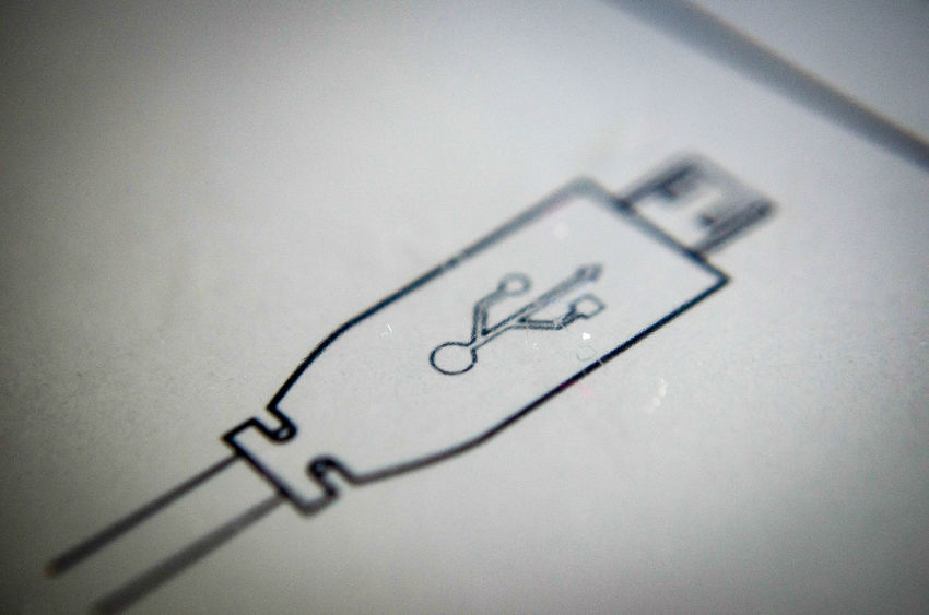 EyeEm Technology Kindlepaperwhite USB Symbols No People Nikon D5100  Macro
