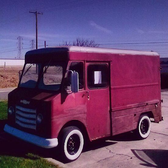 I want an Icecreamtruck so bad I think it would be hella cool to Bag one of these on 24s ! 1963 Chevyp10 Stepvan Wdyt