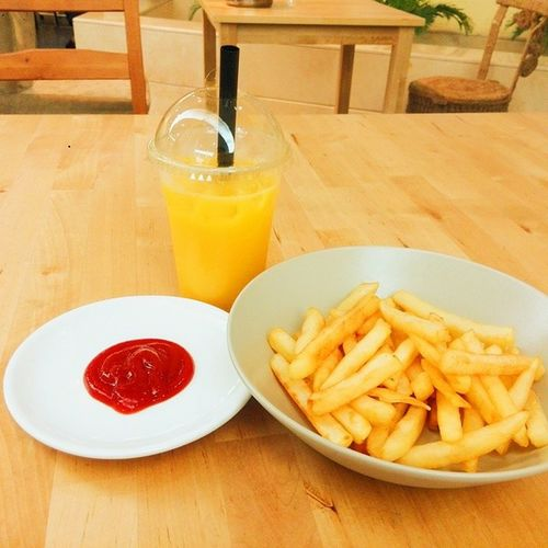 Have a nice dayCafe Drink Chips Tomatosauce